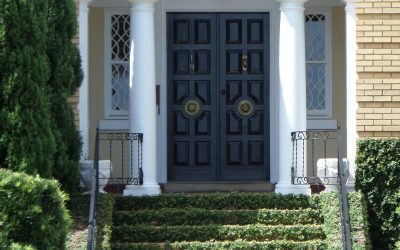 entry door repair Manhattan Company : How to Find one?